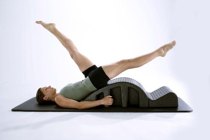 0f23b9c319e2e Come Abbigliarsi Per Una Lezione Di Pilates   PilatesShop Magazine